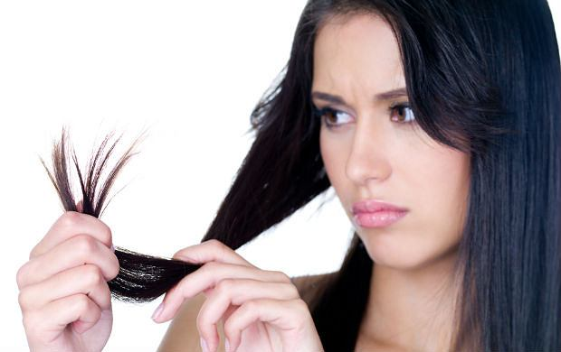 5 skutecznych sposob�w na rozdwajaj�ce si� ko�c�wki w�os�w