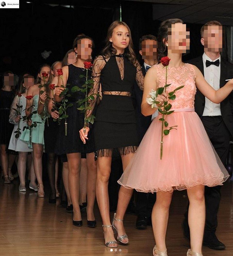 4a965539af Oliwia Bieniuk już po balu gimnazjalnym. Pokazała zdjęcia ze szkolnej  imprezy