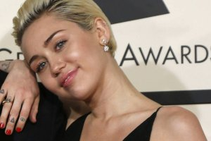 Miley Cyrus - nie, nie ma takiego piłkarza jak Miles Cyrus. Ale pewnie mógłby być?
