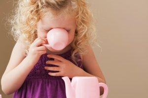 Wielkie pytania ma�ych ludzi. W czym pomaga mieszanie herbaty?