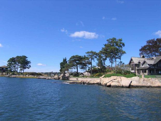 Zabudowania na wyspie Tavern