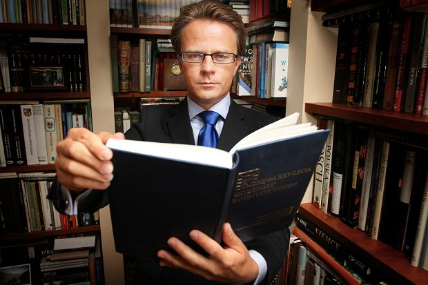 Prof. Tomasz Koncewicz