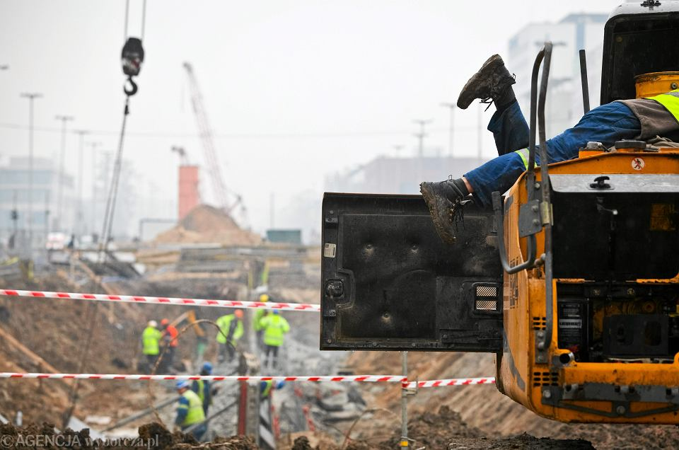 Prace przy przebudowie trasy WZ w Łodzi, 12 lutego 2014