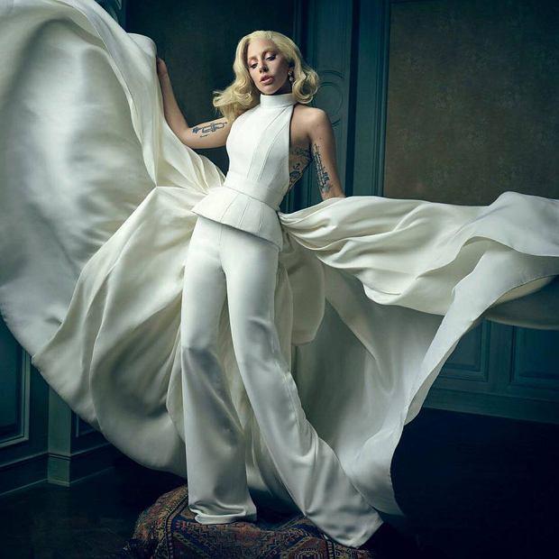 """Lady Gaga po raz kolejny będzie miała okazję spełnić się aktorsko. Wokalistka zagra w serialu """"American Crime Story"""", gdzie wcieli się w rolę swojej przyjaciółki, Donatelli Versace."""