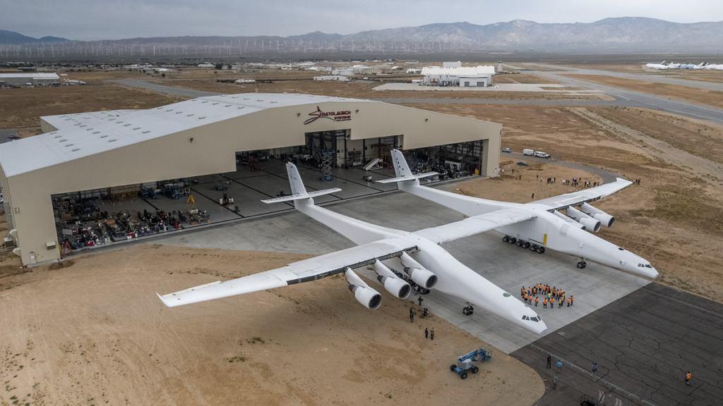 Stratolaunch - największy samolot świata
