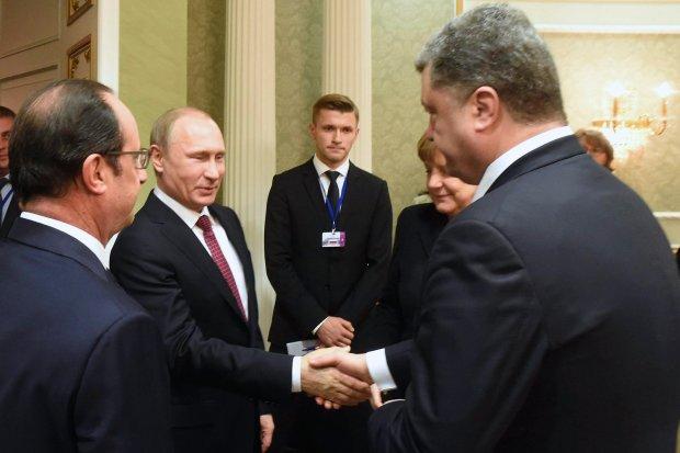 Francois Hollande, Władimir Putin, Angela Merkel i Petro Poroszenko podczas spotkania w Mińsku