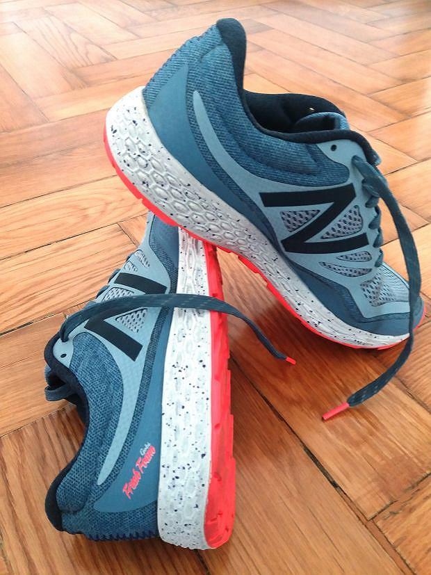 buty do biegania New Balance MTGOBIGO