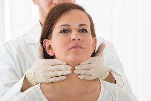 Choroby tarczycy - jak rozpoznać, że tarczyca choruje? Jakie są objawy daje chora tarczyca i jak wygląda leczenie?