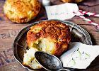 Muffinki z gruszkami i gorgonzol�