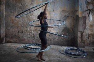 Dzieci na Kubie szkol� si� na przysz�ych cyrkowc�w. Akrobatyka ma im zapewni� dobr� prac�