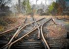 W Polsce jest 100 miast powy�ej 10 tys. mieszka�c�w bez czynnego po��czenia kolejowego. W Czechach - tylko jedno