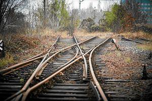 W Polsce jest 100 miast powyżej 10 tys. mieszkańców bez czynnego połączenia kolejowego. W Czechach - tylko jedno