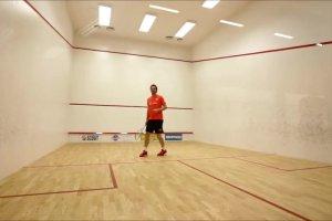Polscy siatkarze w si�owni, trenerzy Antiga i Blain na korcie do squasha