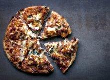 Pizza z �ososiem i szpinakiem - ugotuj