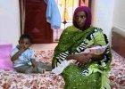 Skazana na �mier� Sudanka rodzi�a w wi�zieniu ze skutymi nogami. Twierdzi, �e dziecko jest niepe�nosprawne