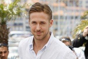 Gosling to jeden z najseksowniejszych aktor�w Hollywood. Na najnowszych zdj�ciach z trudem go poznajemy