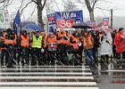 Politycy PO zablokowali drogę pod Słupskiem. Protestują przeciwko wstrzymaniu budowy S6