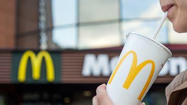 Od września z restauracji sieci McDonald's, położonych na terenie Wielkiej Brytanii oraz Irlandii, znikną plastikowe słomki do napojów
