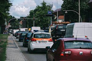 Szkodowa jazda bez zwyżki w polisie OC. Polacy znaleźli sposób na duże oszczędności. Luka w przepisach