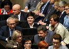 Machanie szabelką na użytek wewnętrzny, czyli co naprawdę powiedziała premier Szydło