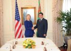 Turkmeński dyktator wypowiedział wojnę paleniu