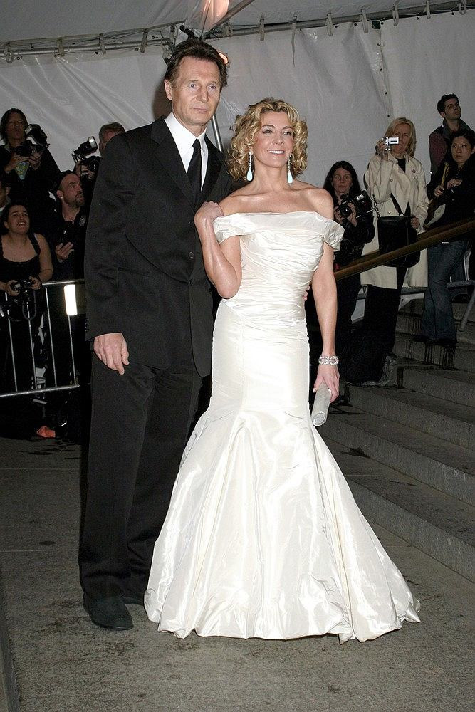 The gallery for liam neeson and natasha richardson wedding for Natasha richardson liam neeson wedding