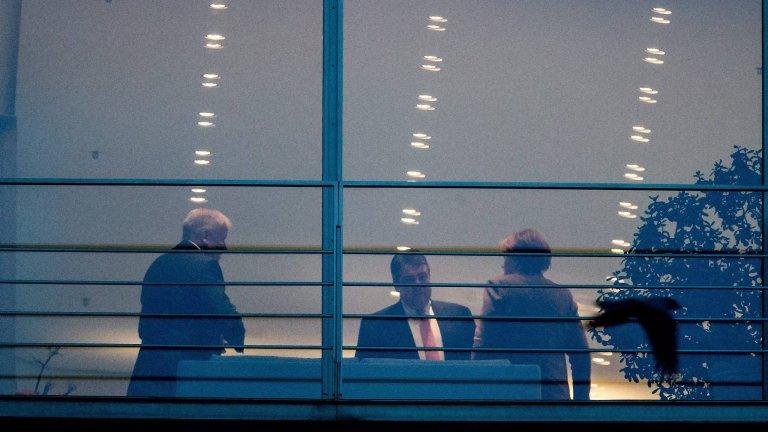 Spotkanie Merkel z ministrem ekonomii i premierem Bawarii
