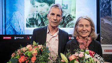 Spotkanie z himalaistą Wojciechem Kurtyką i autorką jego biografii Bernadette McDonald. Centrum Premier Czerska 8/10, 30 stycznia 2018