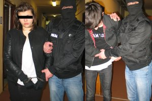 Wiadomo, kto pomaga� 18-letnim zab�jcom. Policja: Studenci z Poznania