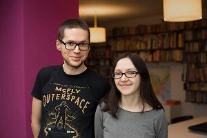 """""""Mapy"""" światowego sukcesu. Jak polska książka sprzedała się na świecie w 3 milionach egzemplarzy"""
