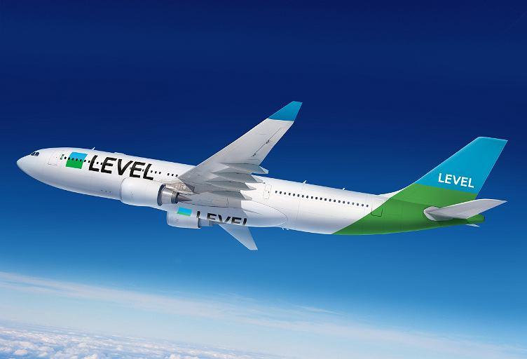Samolot LEVEL