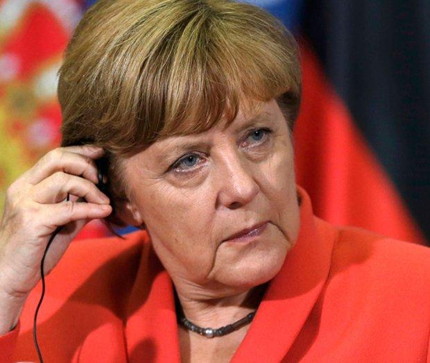 Pruski but przydepta� grecki sanda�? Brutalnie, ale dr��c� stop�
