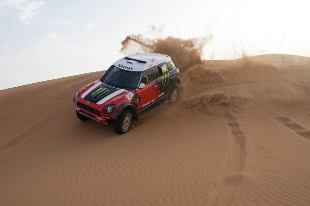 Nowe auto, kt�rym Ho�owczyc wystartuje w Dakarze 2014