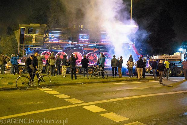 Zdjęcie numer 20 w galerii - Lech Poznań ma już swoją lokomotywę. Parowóz stanął przed stadionem przy Bułgarskiej