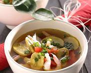 Zupa z krewetek i trawy cytrynowej