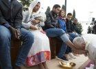Wielki Czwartek. Papież Franciszek w ośrodku dla uchodźców