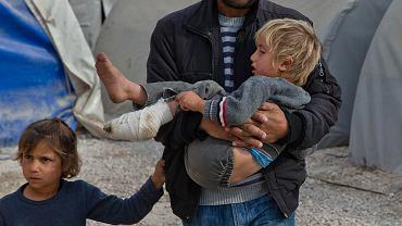 Syryjscy uchodźcy z Kobane w tureckim obozie w Suruc