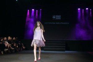 Antonina Wojtaszek, najmłodsza finalistka Fashion Designer Awards. Wygrała dwa prestiżowe staże...