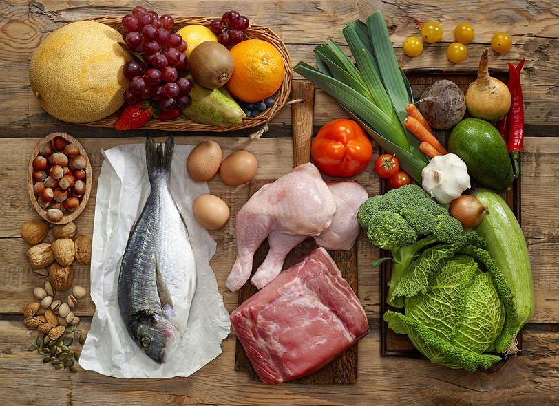 Jemy coraz więcej mięsa i po raz pierwszy w historii na kuli ziemskiej żyje więcej ludzi otyłych niż z niedowagą