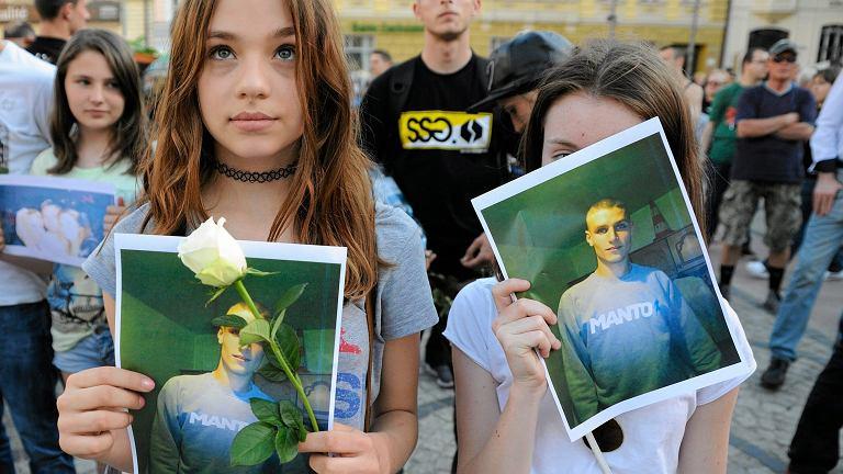 Marsz przeciwko brutalnosci policji, zorganizowany po smierci 25-letniego Igora Stachowiaka