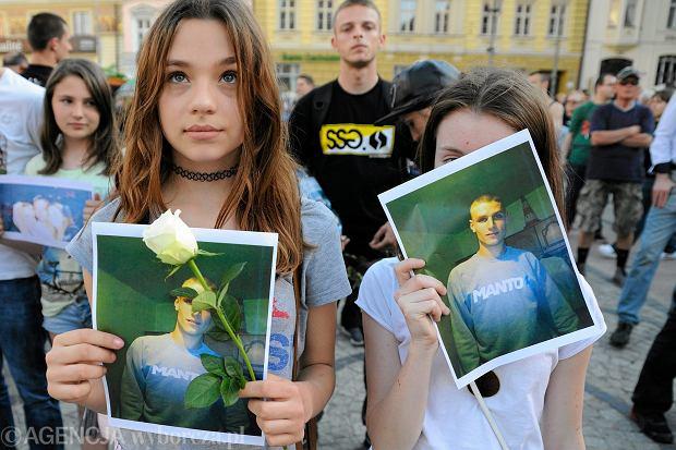 Zdjęcie numer 1 w galerii - Łagodne zarzuty dla policjantów w sprawie śmierci Igora Stachowiaka.