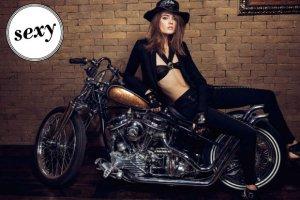 Wow! Monika Jac Jagaciak jako mi�o�niczka motocykli zaskakuje! Czy urocza modelka pasuje wam do roli harleyowca?