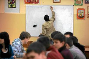 MEN: 100 mln z� na aktywizacj� zawodow� bezrobotnych nauczycieli