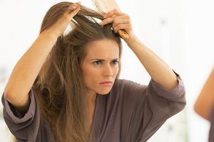 Wypadanie włosów: z wizytą u trychologa