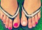 Moczenie w słonej wodzie i masaż, czyli o tym, jak zrobić wakacje swoim... stopom