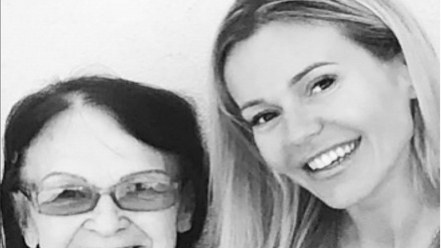 Umarła babcia Dody: ''Moja ukochana babcia, śpiewała mi pierwsze kołysanki''