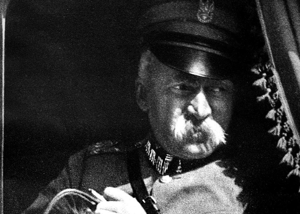 Józef Piłsudski Naród Wspaniały Tylko Ludzie Kurwy Czego Możemy