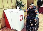 Wybory według PiS: tylko dla zdrowych i pełnosprawnych. Skrzyński bije na alarm
