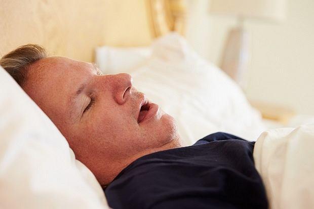 Co się dzieje w mózgu, gdy notorycznie niedosypiamy?