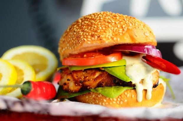 Burger - street food w domowych warunkach
